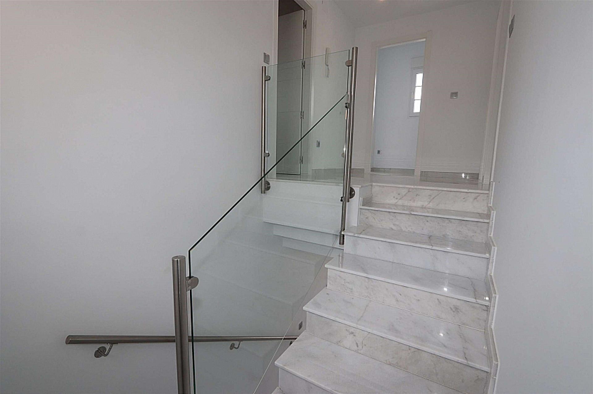 Nouvelles villas de luxe avec piscine inc. terre, licences en Alicante, Pinoso in Medvilla Spanje