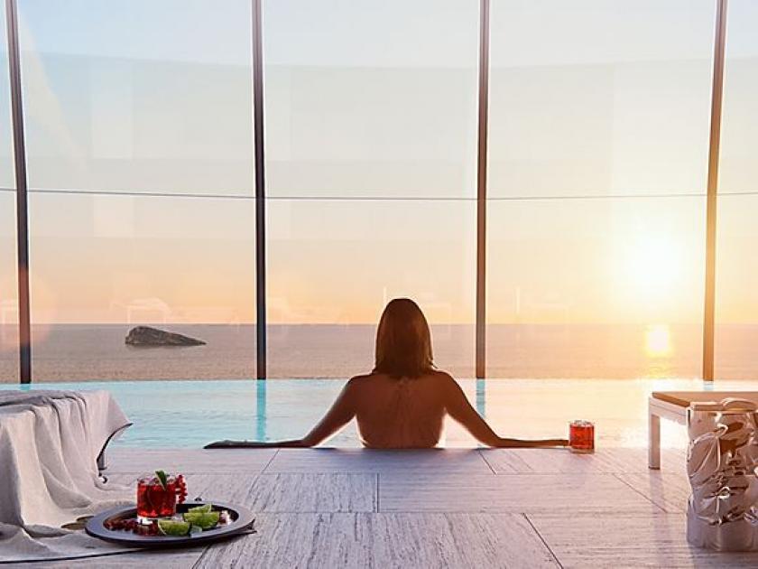 Appartement de luxe avec terrasse spacieuse 1 ° ligne plage Benidorm in Medvilla Spanje