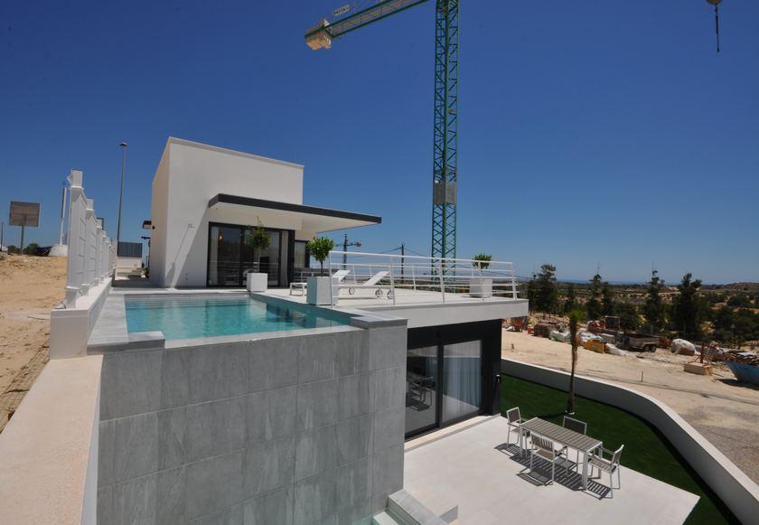 Villa de luxe avec piscine privée et vue sur la mer à San Miguel de Salinas in Medvilla Spanje